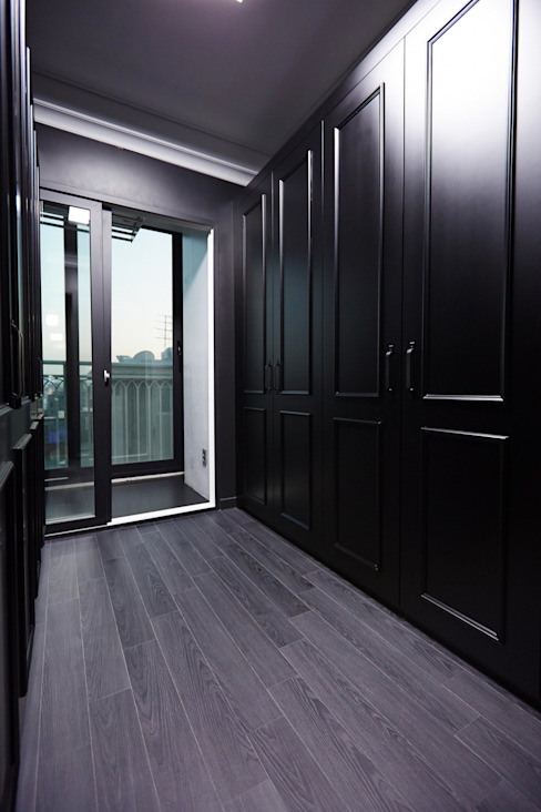 Modern style dressing rooms by homify Modern