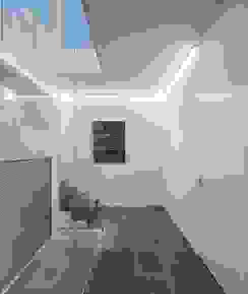 CASA 103 Modern Koridor, Hol & Merdivenler MARLENE ULDSCHMIDT Modern