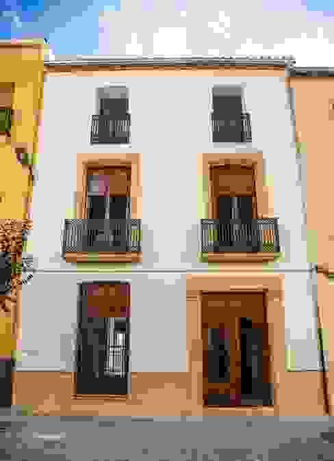 Casas  por R22 ARQUITECTES. Pere Joan Pons