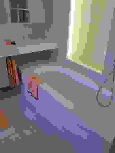 Realizzazioni Bagno moderno di Artep Design Moderno