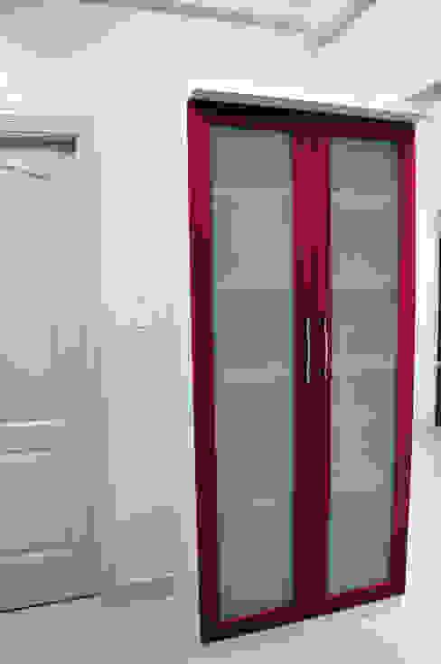 Kitchen Storage Minimalist kitchen by 3A Architects Inc Minimalist Glass