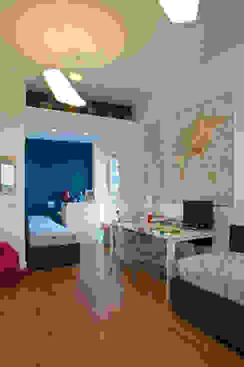 SERENA ROMANO' ARCHITETTO Modern nursery/kids room