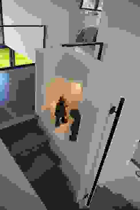 Pasillos, halls y escaleras minimalistas de ARTERRA Minimalista Concreto