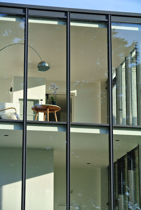 Tour vitrée Jardin d'hiver minimaliste par ARTERRA Minimaliste Verre