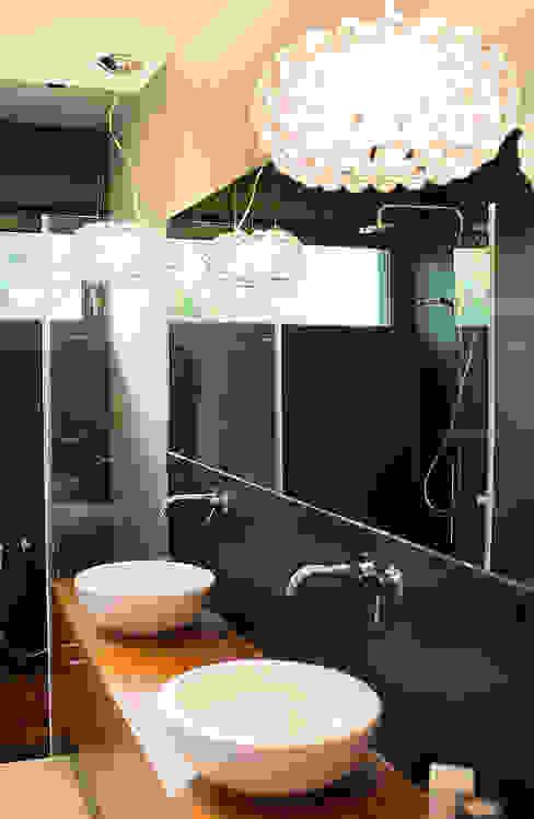 Moderne badkamers van anna jaje Modern