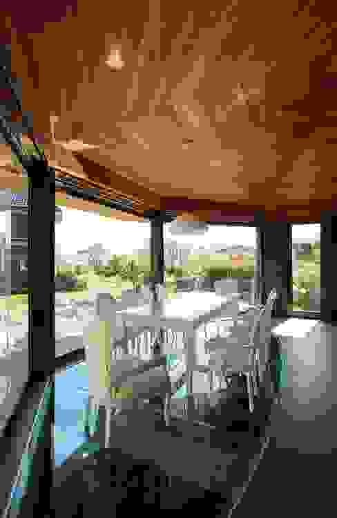 Беседкав п.Гринфилд Столовая комната в классическом стиле от ARCHDUET&DA Классический