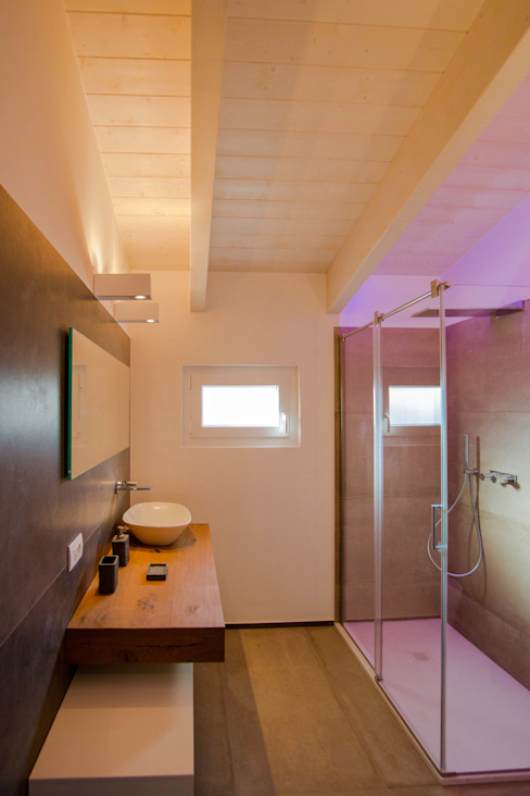 Modern style bathrooms by Progettolegno srl Modern Wood Wood effect