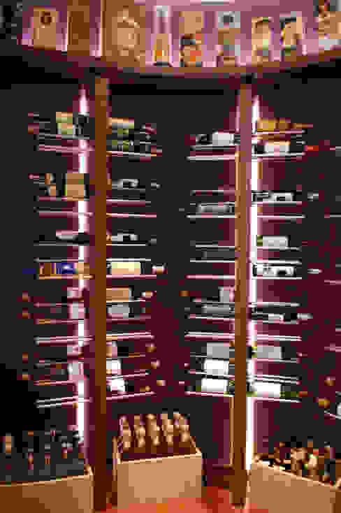 Bodegas de vino modernas: Ideas, imágenes y decoración de Breuer Moderno