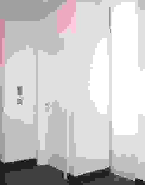 Badkamer door mAIA. Architektur+Immobilien,