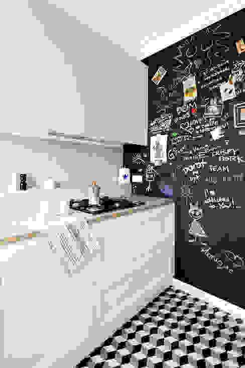 Kitchen by Dagmara Zawadzka Architektura Wnętrz, Eclectic