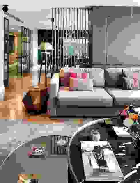 EC HOUSE Modern living room by Esra Kazmirci Mimarlik Modern