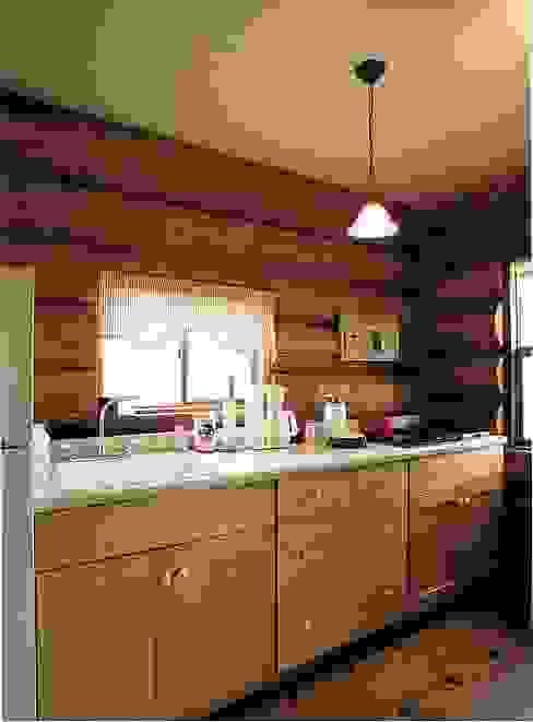 Кухни в . Автор – Cottage Style / コテージスタイル