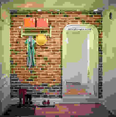 Квартира в доме серии I-464 Коридор, прихожая и лестница в скандинавском стиле от Tatyana Pichugina Design Скандинавский Кирпичи