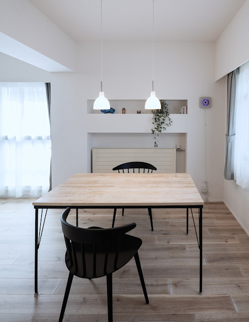 Scandinavian style dining room by 一色玲児 建築設計事務所 / ISSHIKI REIJI ARCHITECTS Scandinavian