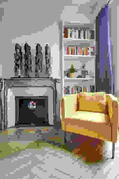 Chambre: Chambre de style  par ATELIER FB, Moderne