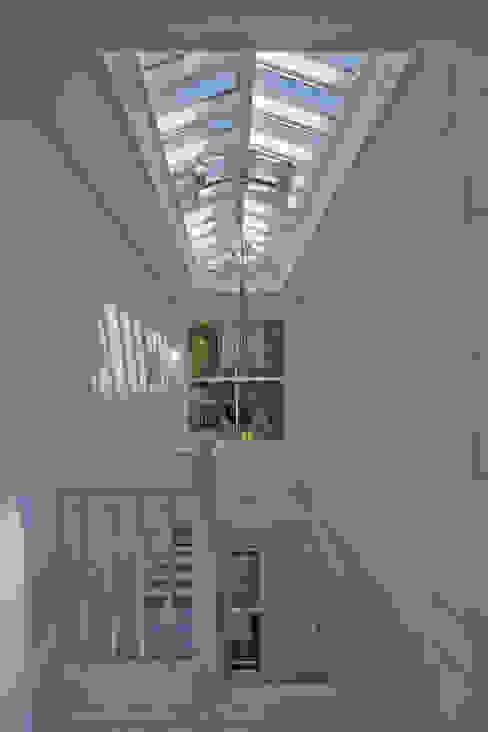 Roof Lantern above stairwell Modern corridor, hallway & stairs by Westbury Garden Rooms Modern Wood Wood effect