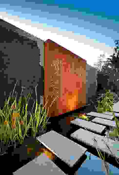 Estanque Jardines de estilo moderno de CPJP S.L. Moderno