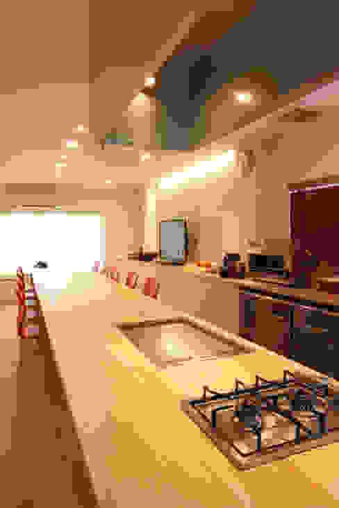U邸 renovation オリジナルデザインの キッチン の 株式会社アマゲロ / amgrrow Co., Ltd. オリジナル