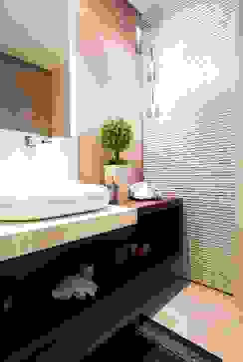 Lavabo Banheiros modernos por LimaRamos & Arquitetos Associados Moderno