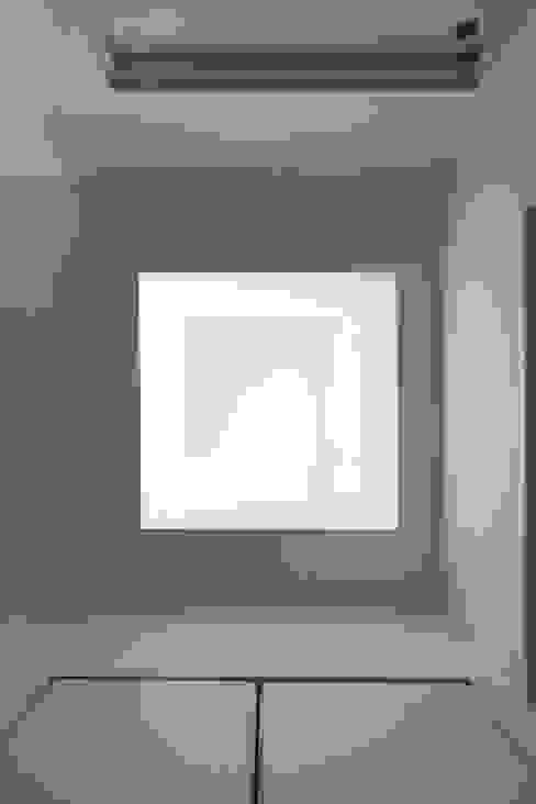 明かり窓 和風の 玄関&廊下&階段 の atelier m 和風
