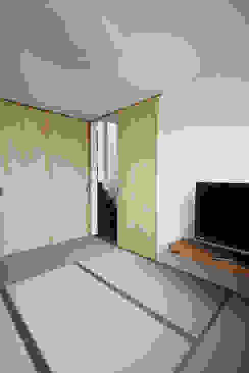 Dormitorios asiáticos de atelier m Asiático