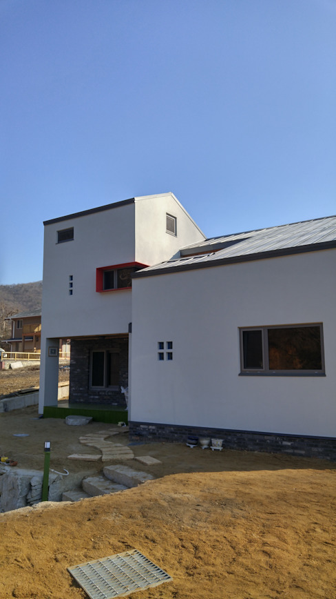 Casas modernas de 봄 하우스플랜 Moderno