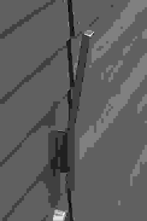 オリジナル取手: 小林良孝建築事務所が手掛けた工業用です。,インダストリアル 鉄/鋼