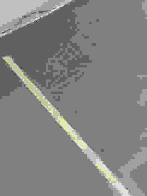 Schablonen Bodengestaltung ab-design GmbH Moderne Wände & Böden