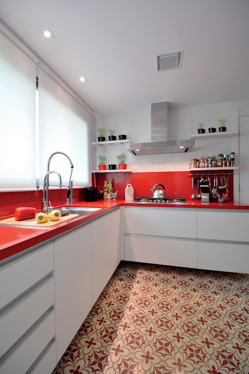 Modern style kitchen by Marcelo Minuscoli - Projetos Personalizados Modern