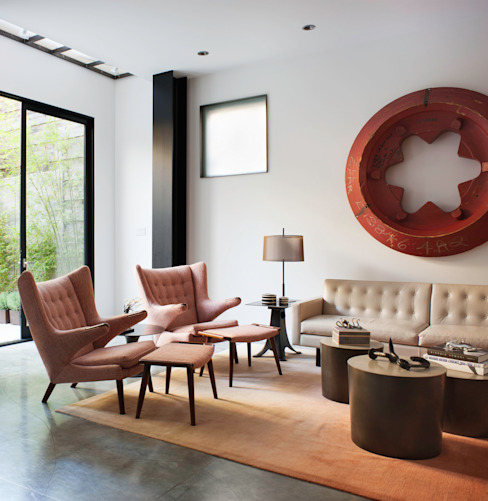 Salones eclécticos de Antonio Martins Interior Design Inc Ecléctico
