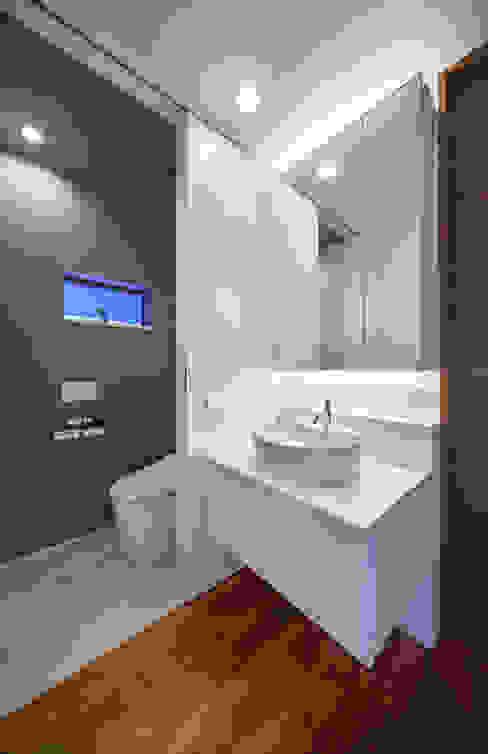 Architect Show Co.,Ltd의  욕실, 모던
