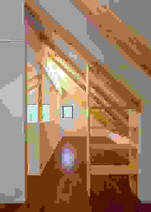 Unico design一級建築士事務所의  침실, 모던