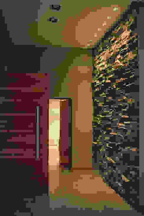 Pasillos y recibidores de estilo  por JORGELINA ALVAREZ  I arquitecta I, Minimalista