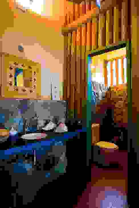 Casas de banho rústicas por MADUEÑO ARQUITETURA & ENGENHARIA Rústico