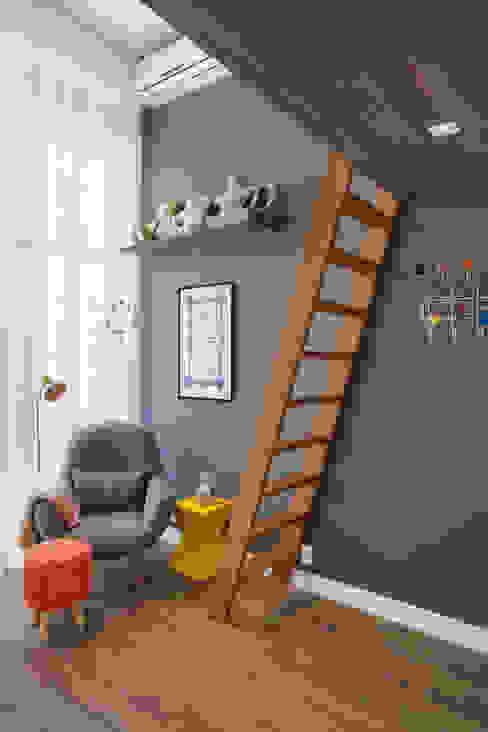 Carolina Mendonça Projetos de Arquitetura e Interiores LTDA Nursery/kid's room