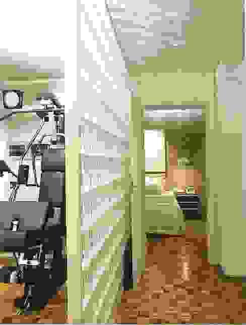 Gimnasios domésticos de estilo moderno de Elisabete Primati Arquitetura Moderno