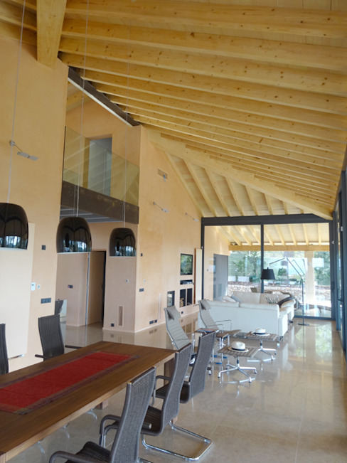 Casa Paddenberg Salones de estilo moderno de miguelfloritarquitectura sl Moderno