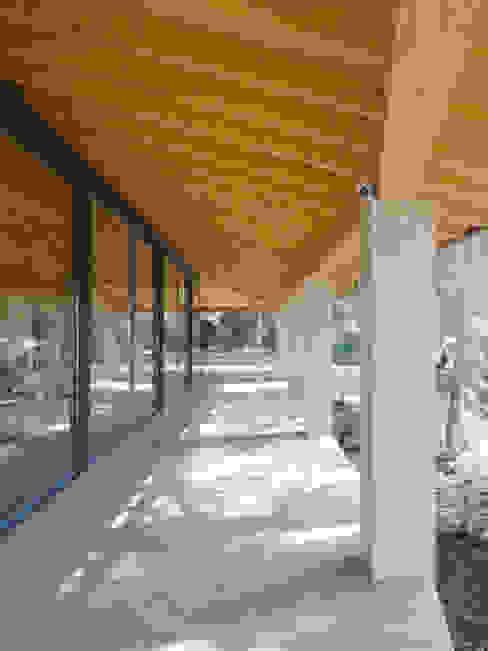 Casa Paddenberg Casas de estilo moderno de miguelfloritarquitectura sl Moderno