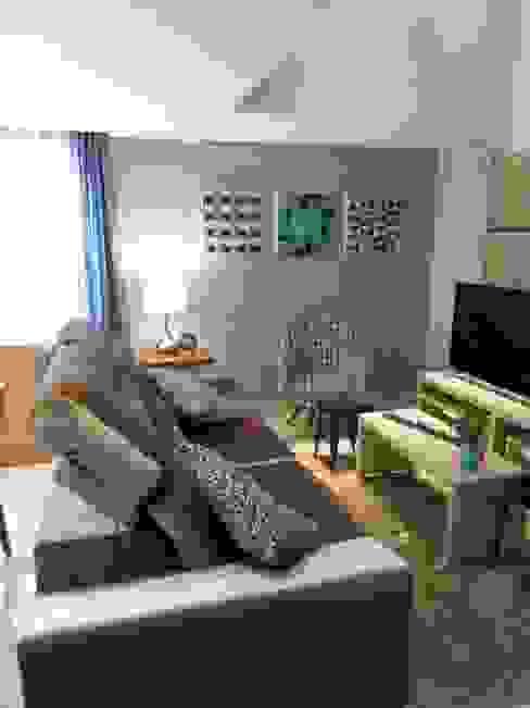Salas de estar modernas por Mariana Von Kruger Moderno