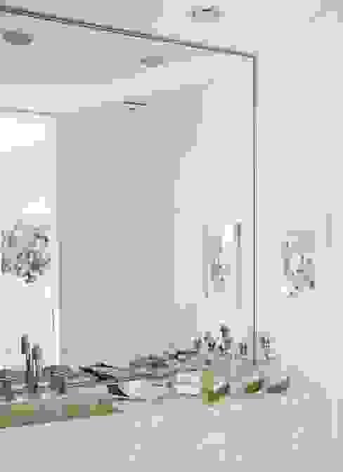 Modern Living Room by Arq. PAULA de ELIA & Asociados Modern