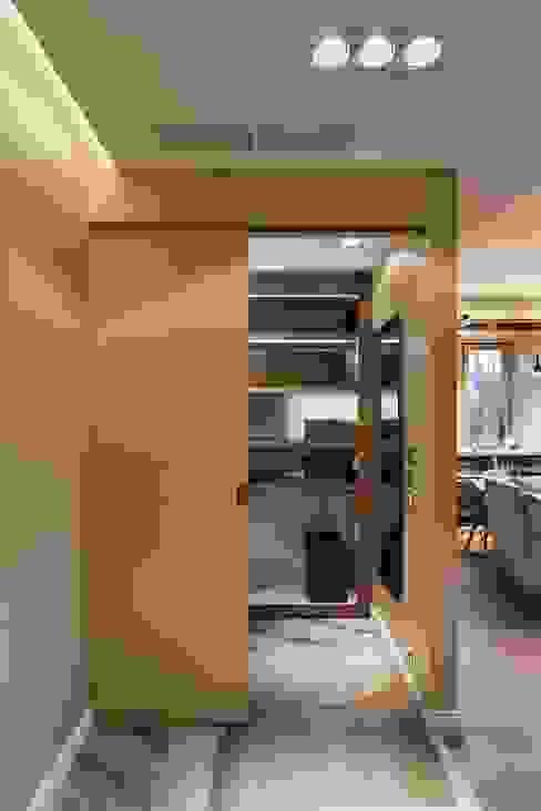 Квартира с библиотекой от Архитектор Татьяна Стащук