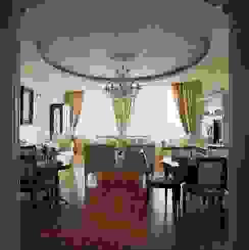 Salas de estilo clásico de Архитектор Татьяна Стащук Clásico