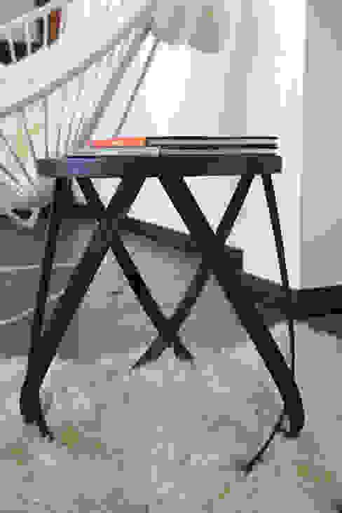 Banco cinta TRIZZ LivingsTaburetes y sillas