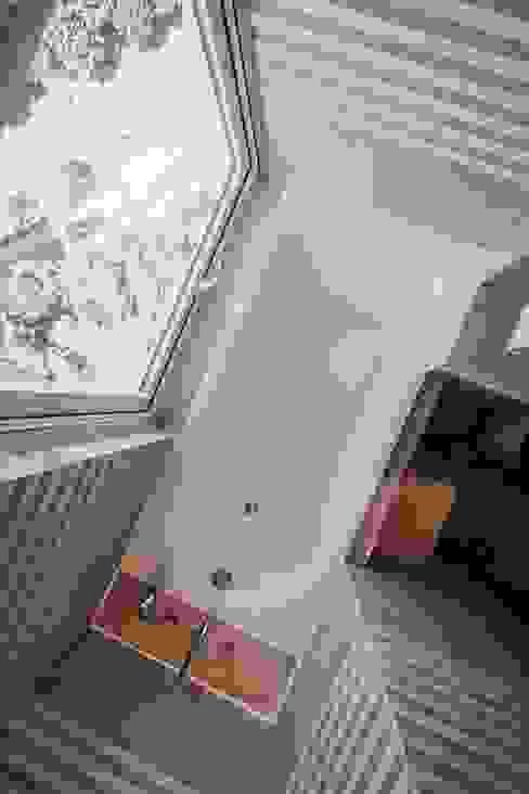 Bathroom by 샐러드보울 디자인 스튜디오, Modern