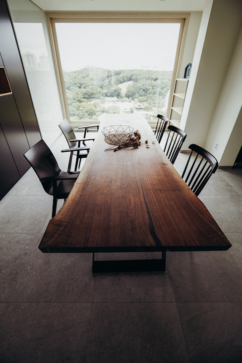 Ruang Makan oleh 샐러드보울 디자인 스튜디오, Modern