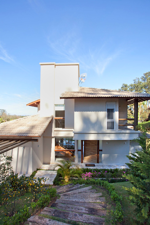 Modern houses by Samy & Ricky Arquitetura Modern
