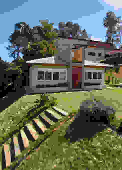 Casas estilo moderno: ideas, arquitectura e imágenes de Samy & Ricky Arquitetura Moderno