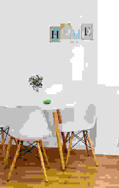 Noelia Villalba Scandinavian style dining room
