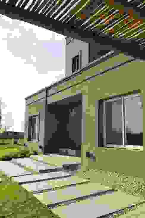 Nowoczesne domy od Aulet & Yaregui Arquitectos Nowoczesny
