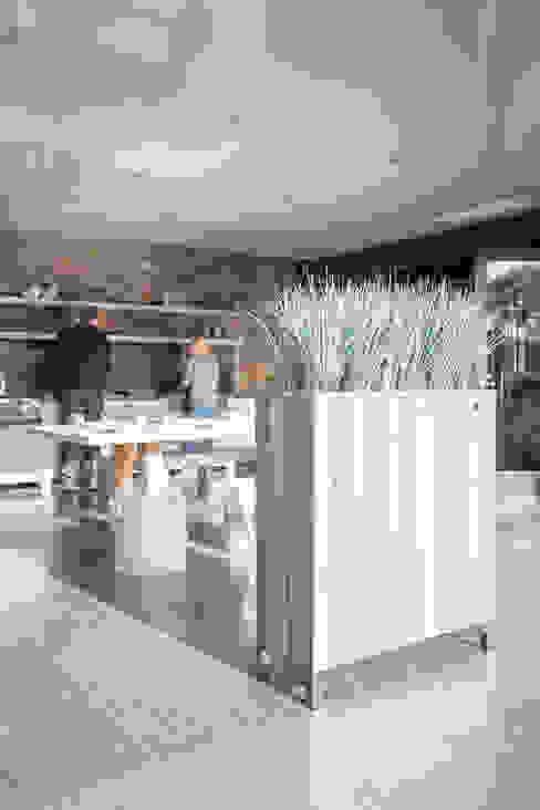 modern  by fleur ami GmbH, Modern Wood Wood effect